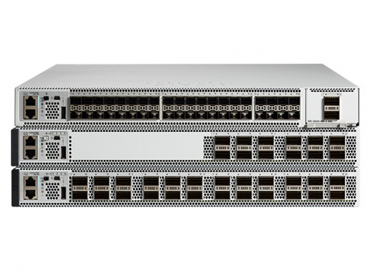 Cisco Switch 9500-12Q-A Catalyst 9500 12-port 40G, Advantage
